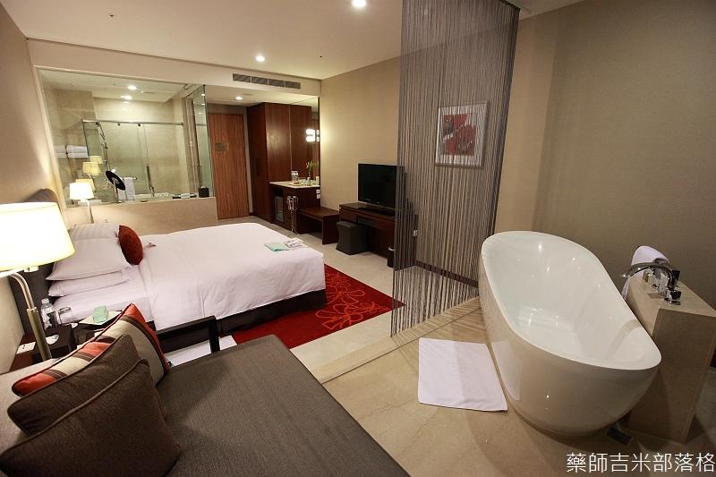 H_Resort_Room_056