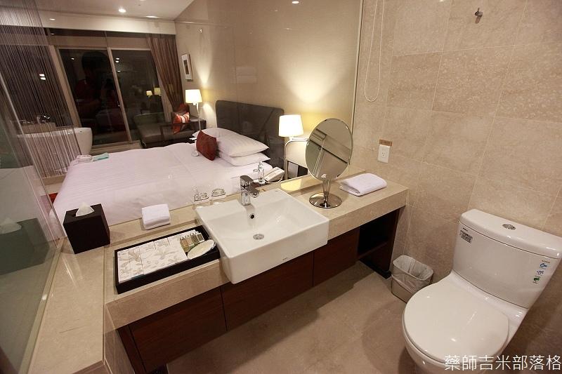 H_Resort_Room_014