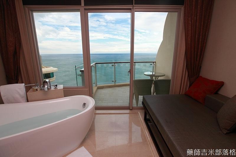 H_Resort_Room_231