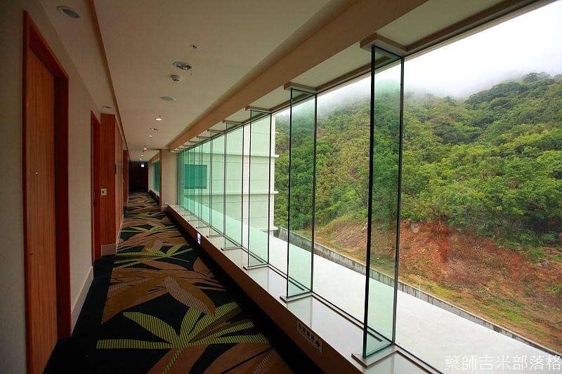 H_Resort_Room_082