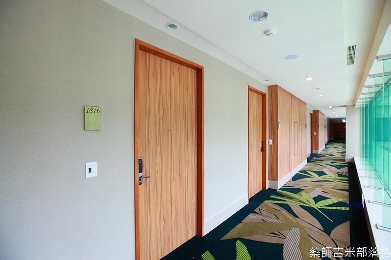 H_Resort_Room_084