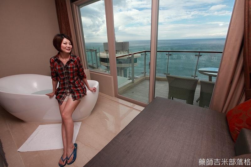 H_Resort_Room_237