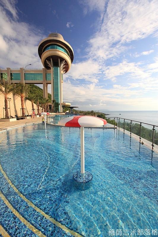 H_Resort_Pool_211