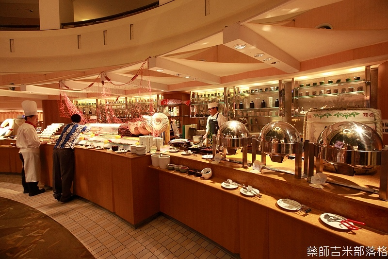 Cafe_at_ Far_ Eastern_020
