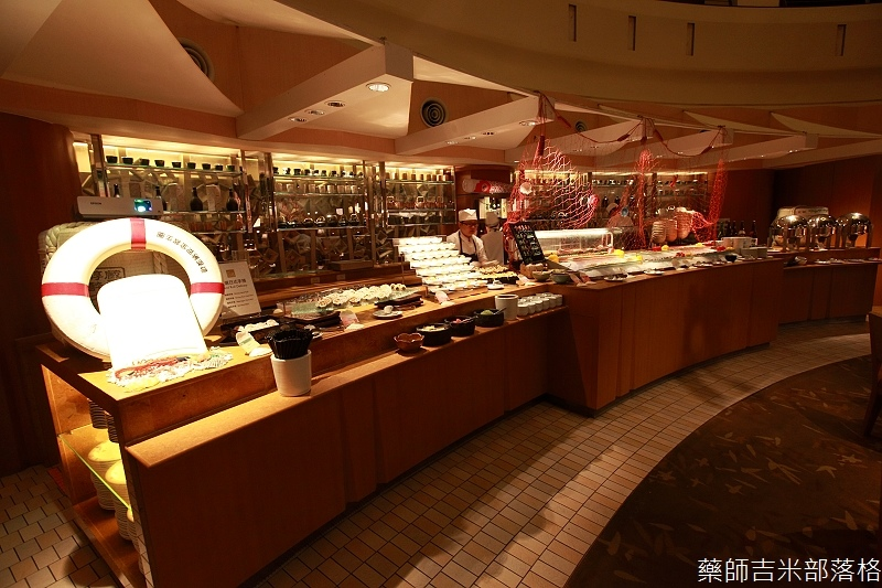 Cafe_at_ Far_ Eastern_052