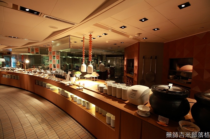 Cafe_at_ Far_ Eastern_102