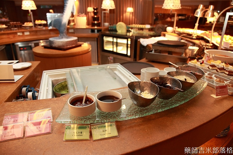 Cafe_at_ Far_ Eastern_184