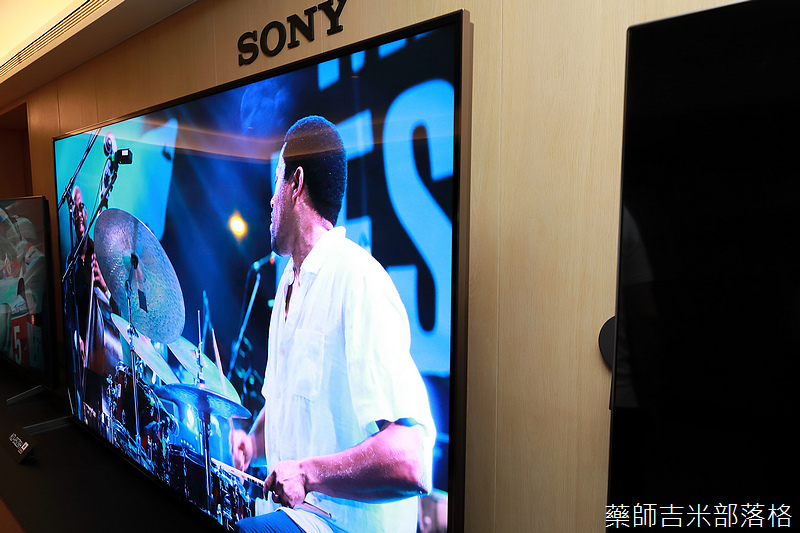 Sony_X9000H_107.jpg