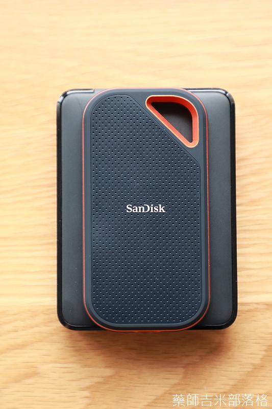 Sandisk_Extreme_Portable_SSD_040.jpg