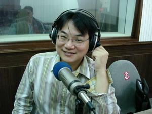 王博士在正聲廣播接受專訪