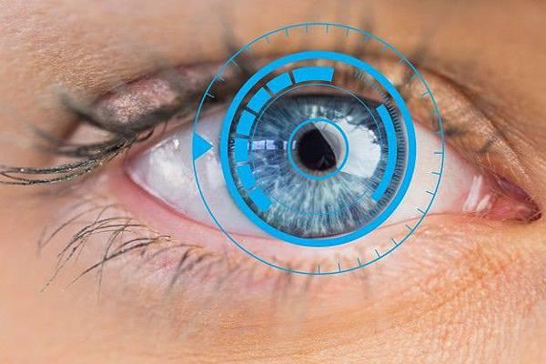 gorgeous-blue-eyes-close-up-computer-tech_1134-683.jpg