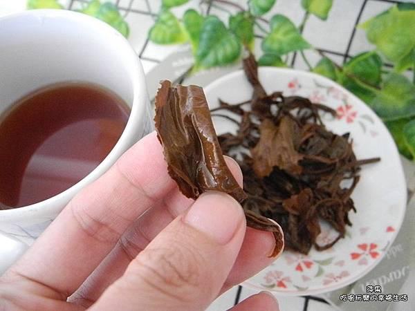 廖鄉長紅茶5.jpg