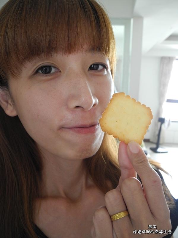 喜年來椰奶營養餅7.jpg