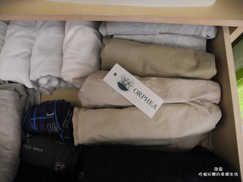 義大利原裝進口 ORPHEA歐菲雅經典花香衣物保護品掛片式 樟腦丸替代品6.jpg