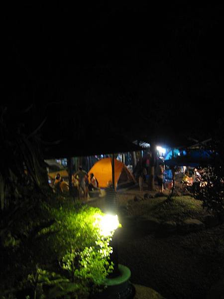 營地夜景 (1).JPG