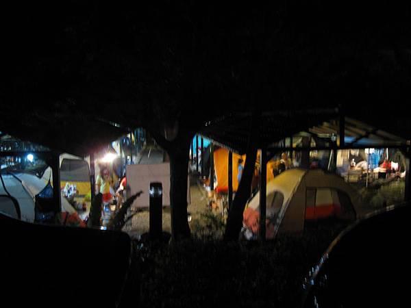 營地夜景 (4).JPG