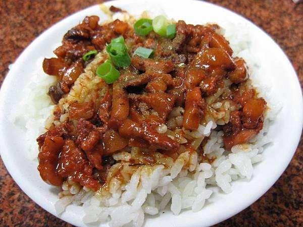 紅蹫麴魯肉飯40.JPG