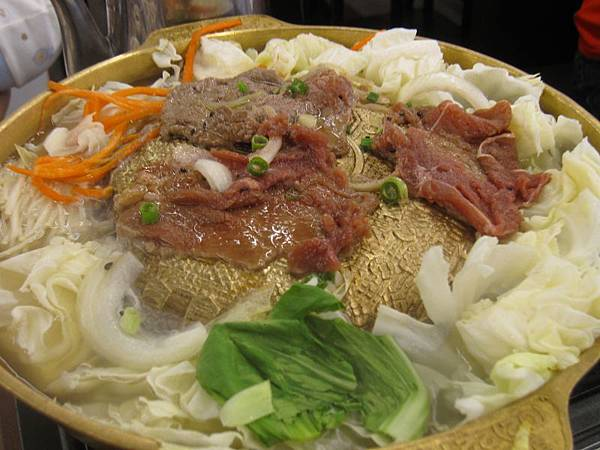 銅盤烤肉.烤牛肉230 (3).JPG