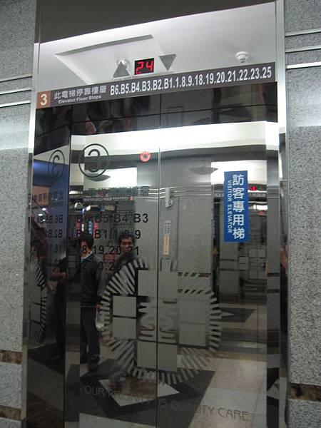 3.4號電梯 (2).JPG