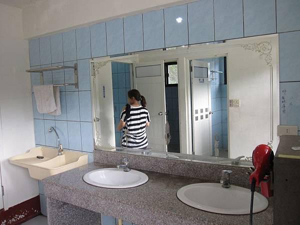 女廁 (1).JPG