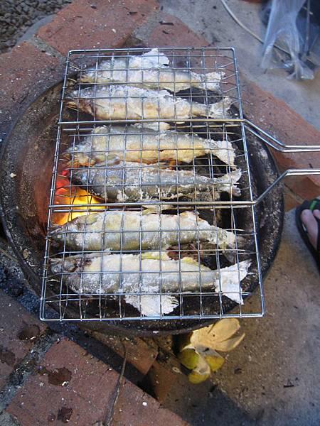烤香魚.JPG