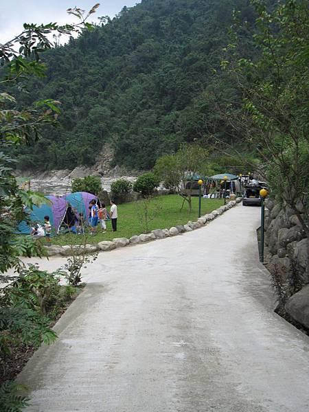 溪邊營位 (1).JPG