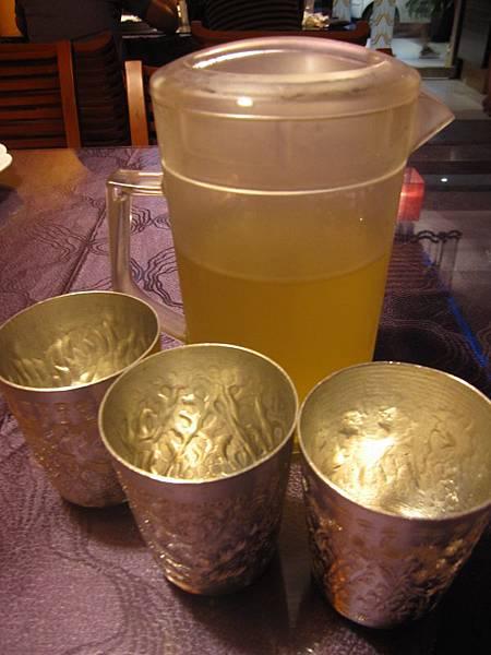 錫水杯香茅茶.JPG