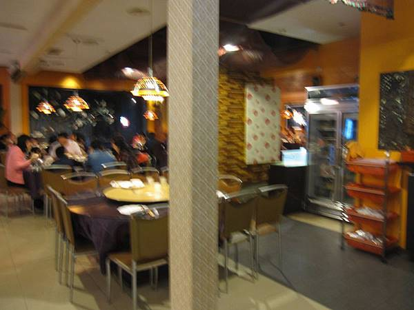 2樓用餐環境 (2).JPG