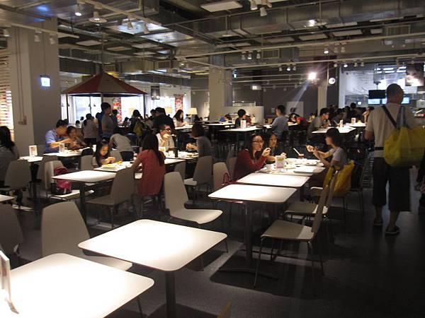 用餐環境 (2).JPG