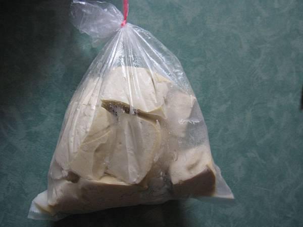 瀝乾用袋子裝放冷凍冰凍.JPG