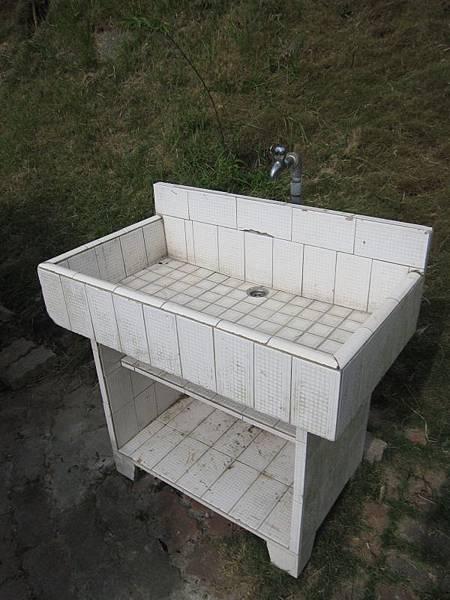 下層水槽1座.JPG