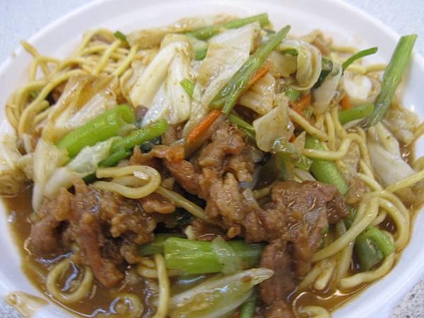 牛肉炒麵70.JPG
