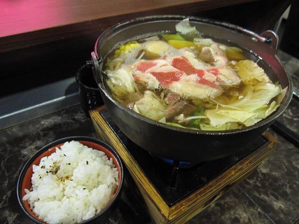 牛肉壽喜鍋 (2).JPG