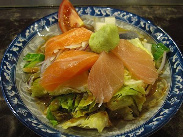 品鮮生魚片沙拉 (1).JPG