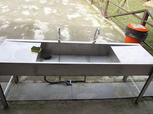長方型不鏽鋼水槽.JPG