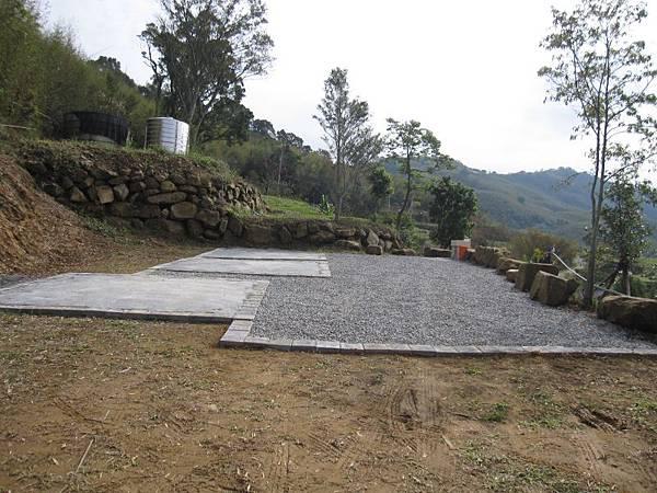 水泥營位碎石子營地 (1).JPG
