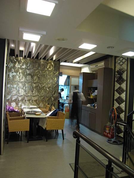 2樓廚房.JPG