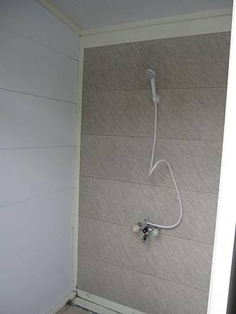 B區新廁所衛浴.JPG