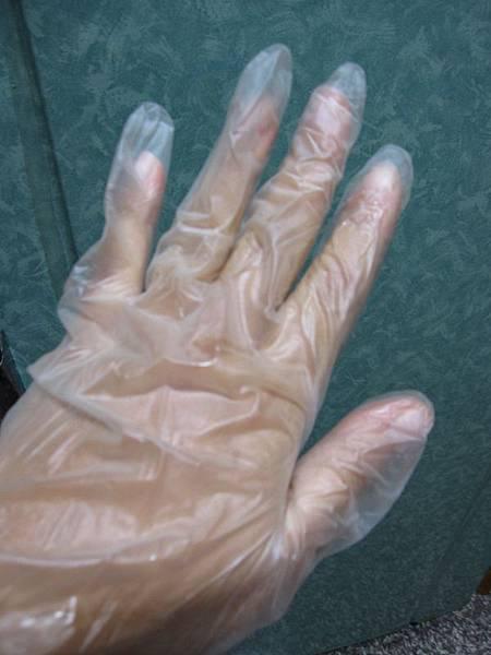 戴手套.JPG