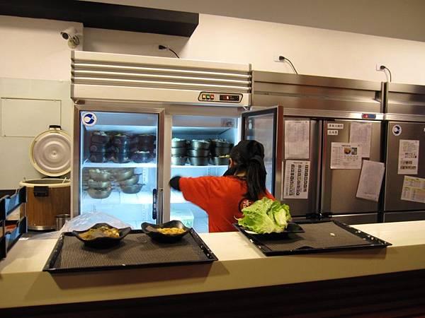 吧台 -製餐區 (1).JPG