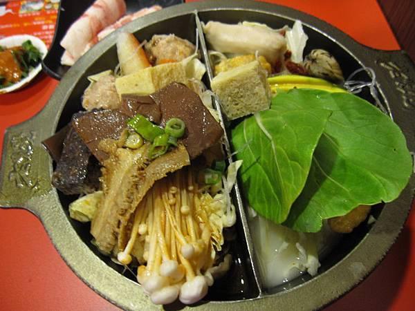 麻辣鴛鴦鍋 (1).JPG
