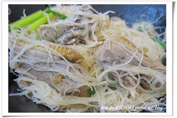 鴨肉炒炊粉(大)80.jpg