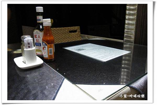 濃濃西餐-1樓後方.jpg