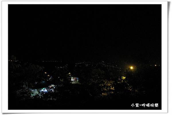 小湖光山舍-夜景 (2).jpg