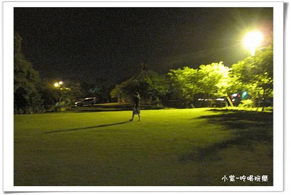 小湖光山舍-夜景 (11).jpg