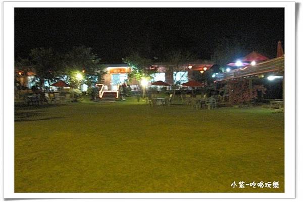 小湖光山舍-夜景 (12).jpg