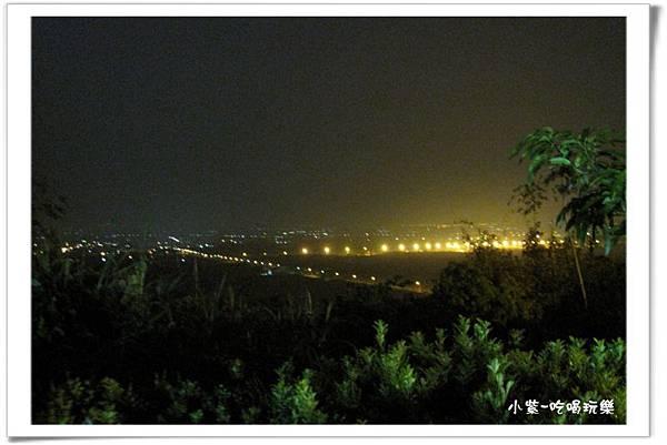 小湖光山舍-夜景 (13).jpg