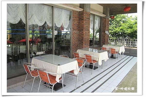 湖光山舍-餐廳 (7).jpg