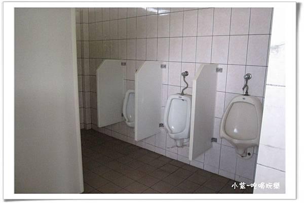 餐廳-男廁 (1).jpg