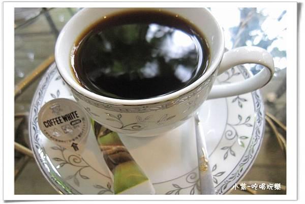 小半天咖啡館 (5).jpg